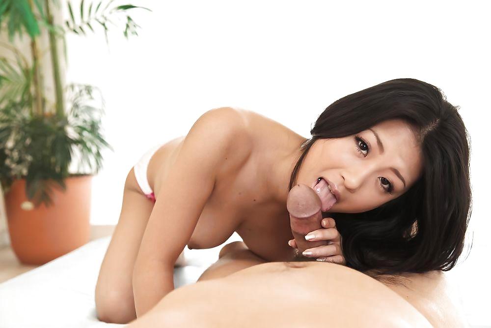 Schöne asiatische Schlampen free