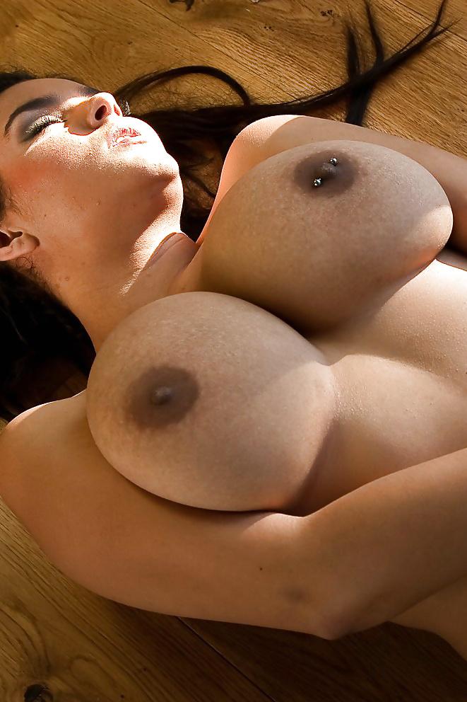 Piercing Titten