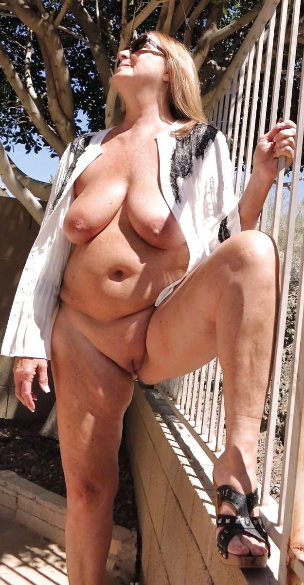 Galerie hängetitten Extreme Porn