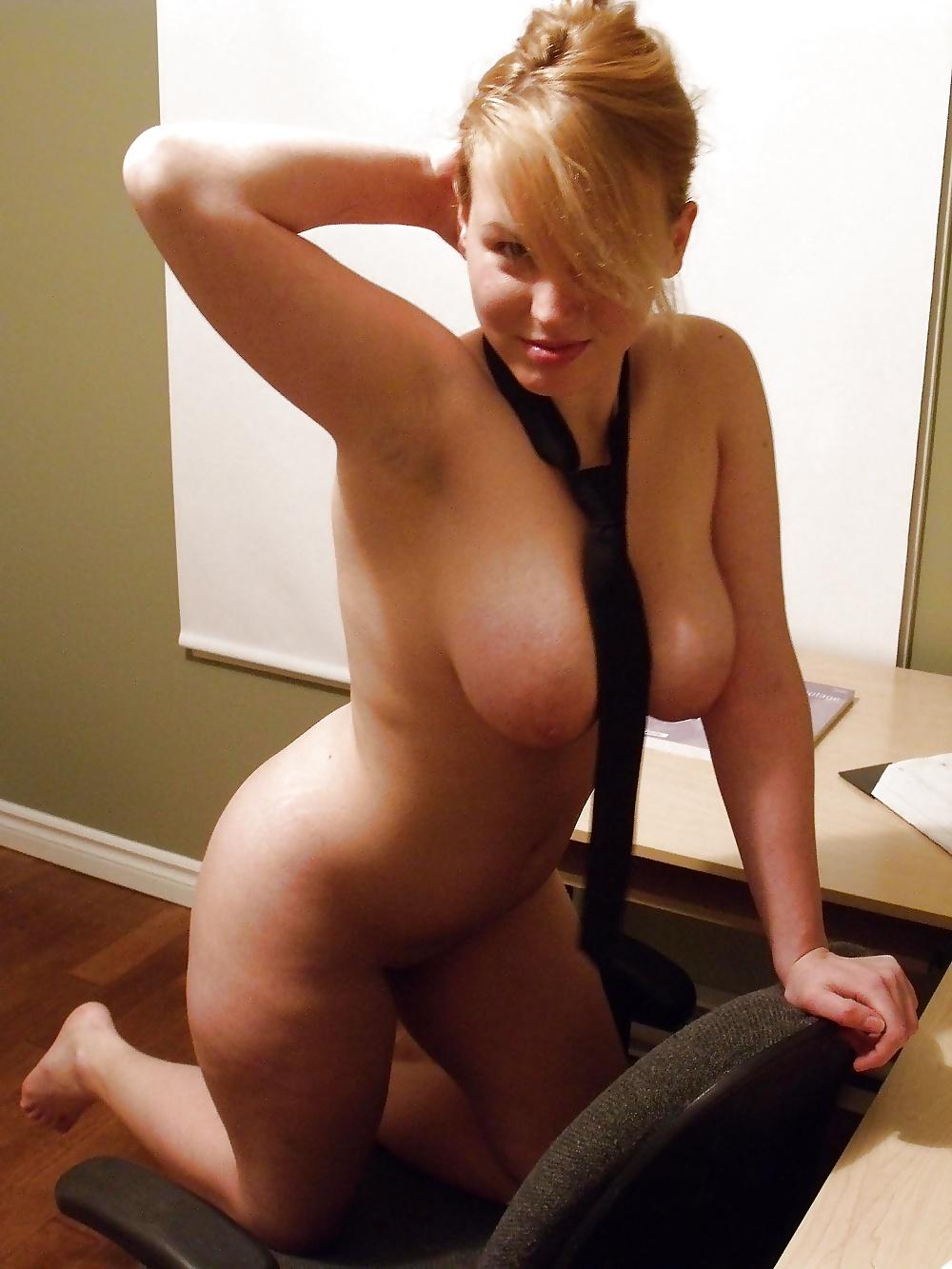 Nacktbildern von blonde Hündinen