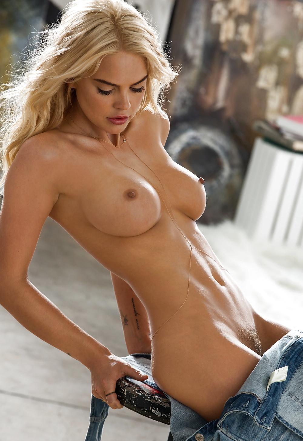 Hübschen Blondinen aus Schweiz in xxx Nacktbildern