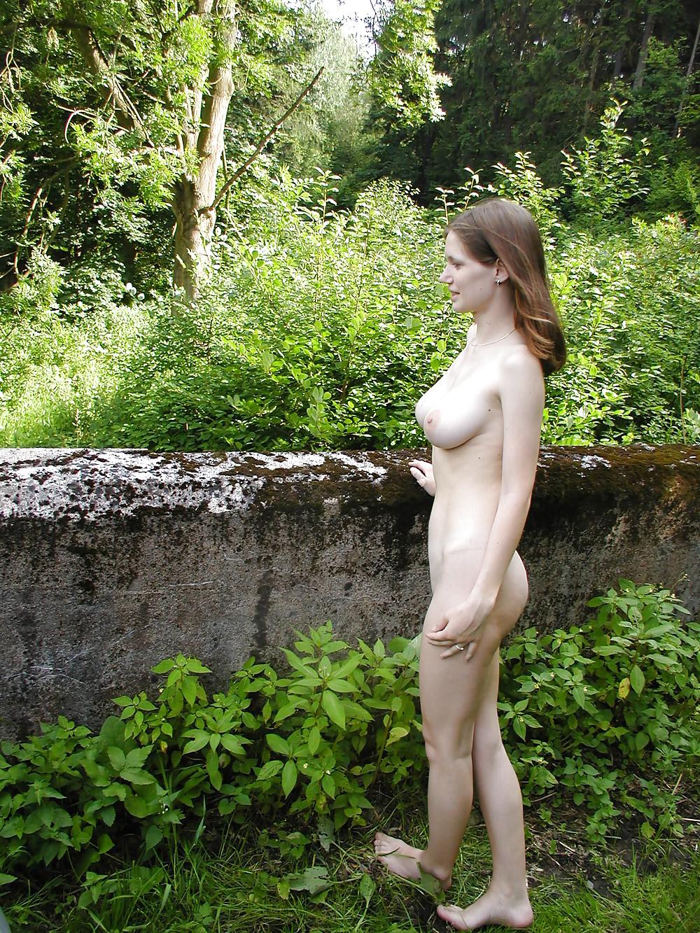 Kostenlos egzotische nackte Schlampenbildern